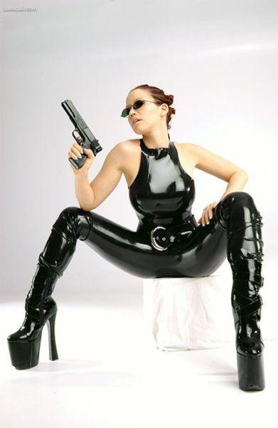 Chicas con Armas
