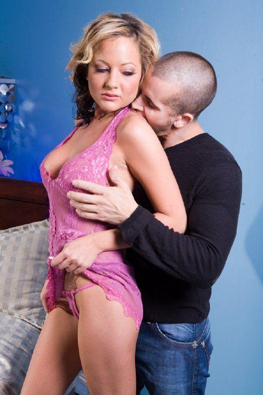 Sexo anal con jovencita