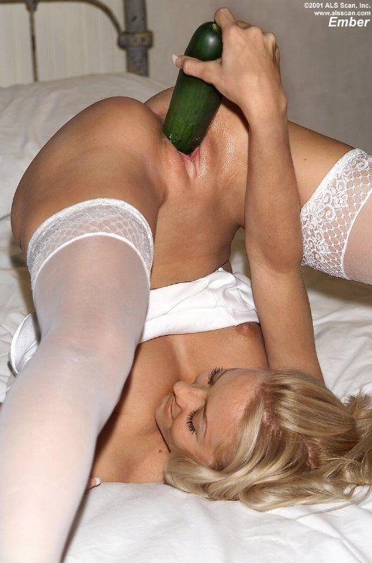 Chica y su calabacin