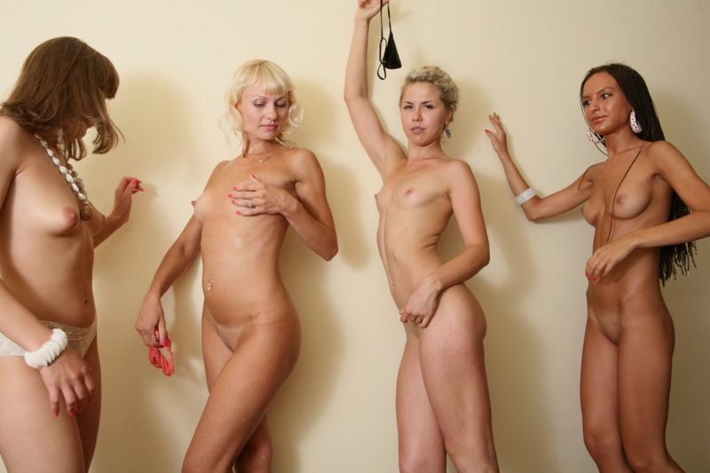 4 chicas rusas desnudas
