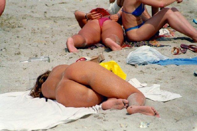chicas-en-la-playa_20