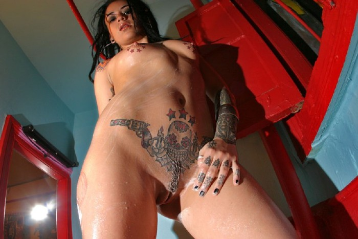 bad-girl-tatoo_14