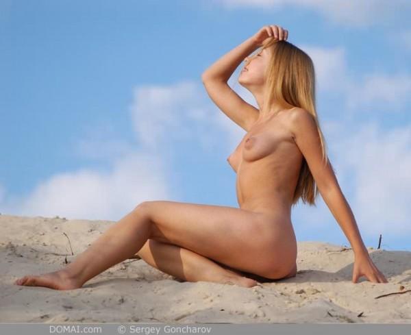 camy-desnuda_09