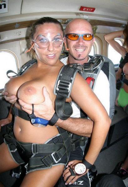 desnudas-en-paracaidas_06