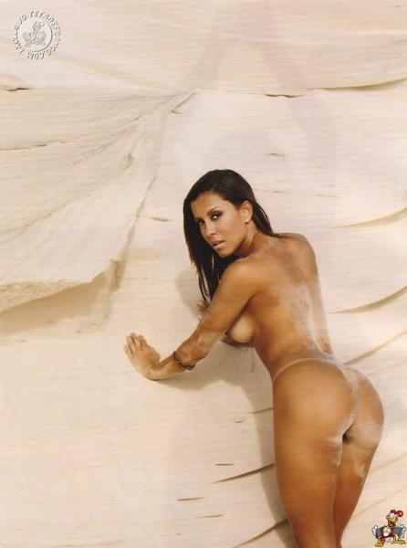 lia-brasilera-playboy_15