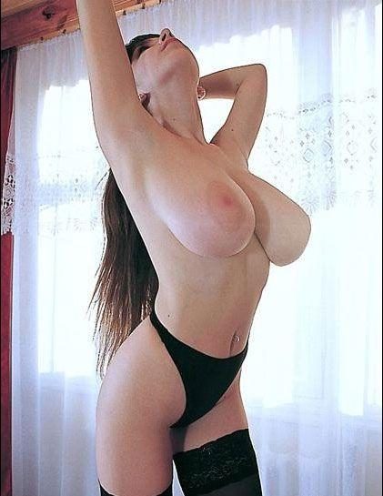 Yulia-Nova-tetona_14