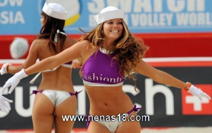 Sexys jugadoras de Volleyball DOGGUIE